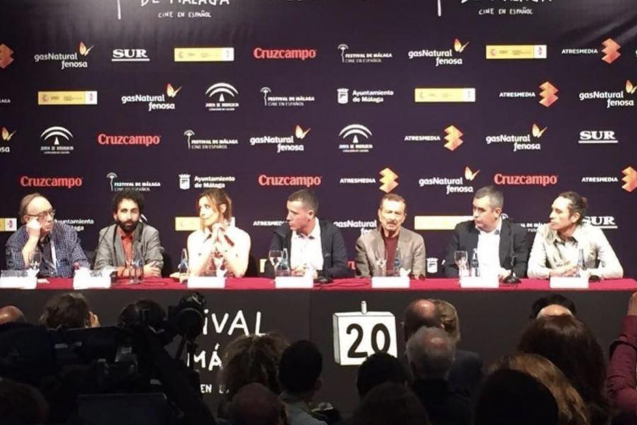 Larga ovación de la prensa en la proyección y rueda de prensa de «No sé decir adiós» en el Festival de Málaga